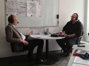 Helmholtz-Pressesprecher Jan-Martin Wiarda (links) und Resonator-Moderator Holger Klein (rechts)